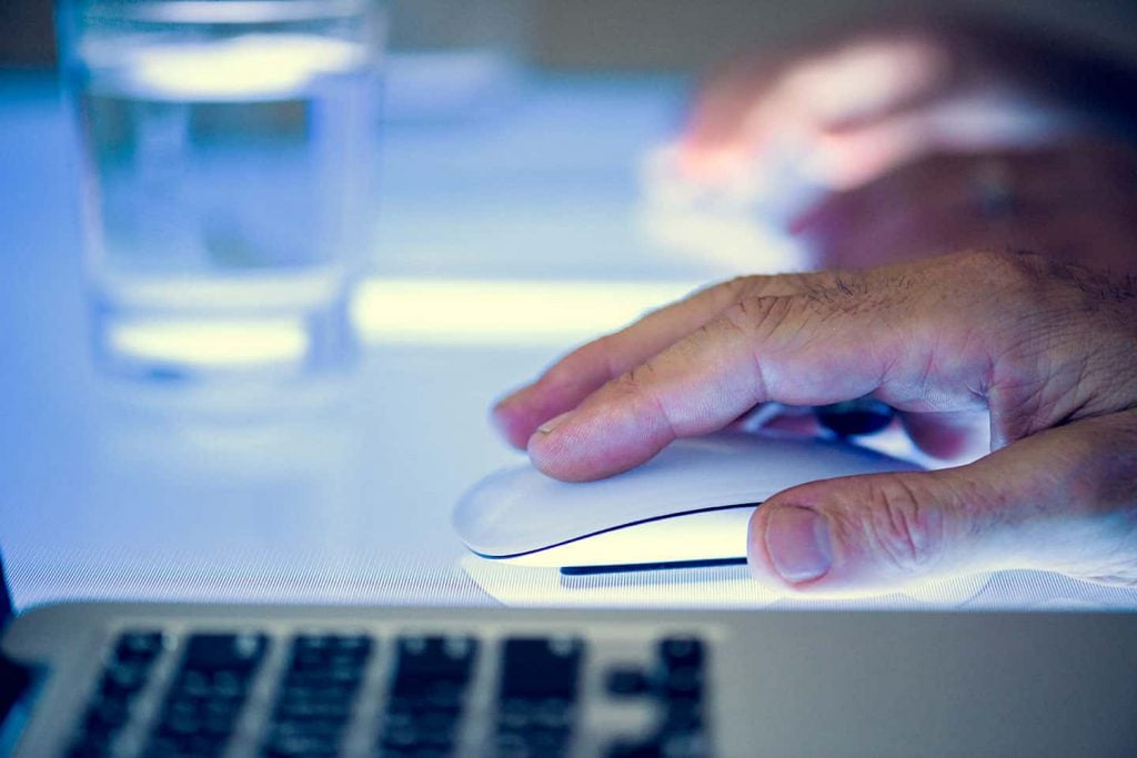 Using a Mouse to Click